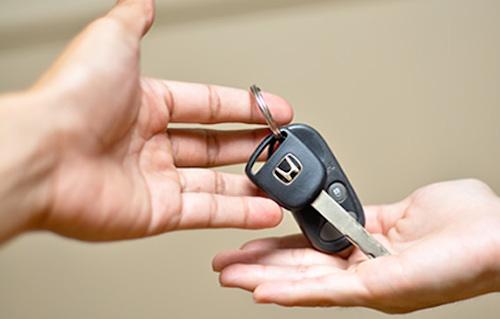 alquilar autos uruguay